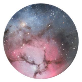 Astronomía de espacio trífida de la nebulosa plato de cena
