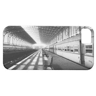 Asuán Egipto, interior de la estación de tren de iPhone 5 Carcasas