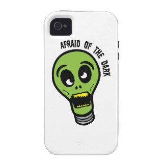 Asustado de la oscuridad iPhone 4/4S carcasas