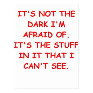 asustado de la oscuridad tarjeta postal