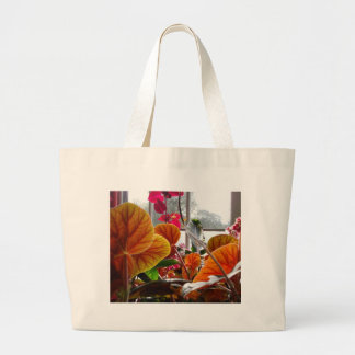 AT THE SUMMERHOUSE LARGE TOTE BAG