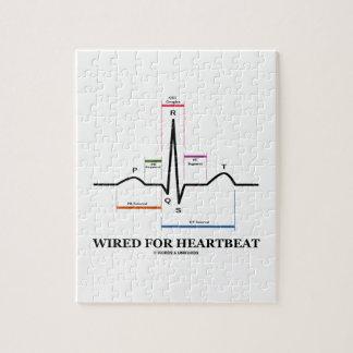 Atado con alambre para el latido del corazón puzzle
