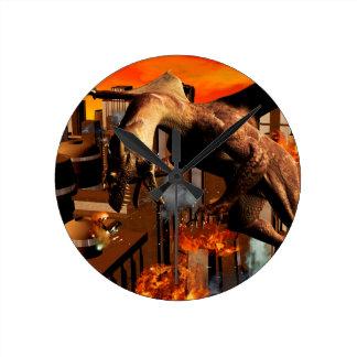 Ataque de un dragón reloj redondo mediano