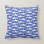 Ataque del tiburón - azul y blanco almohada