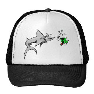 Ataque del tiburón gorro de camionero