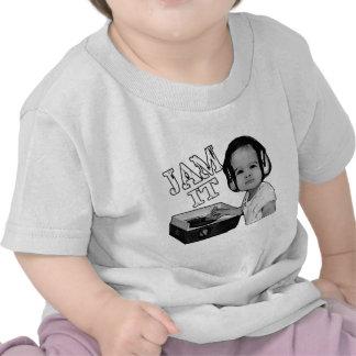 """""""Atasc lo"""" las vueltas de DJ del bebé en una placa Camisetas"""