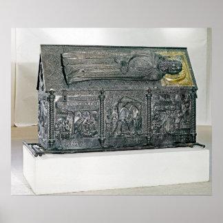 Ataúd que contiene los restos de St. Simeon Póster