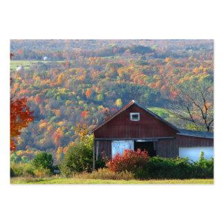 ATC del granero y de las colinas del otoño Tarjetas De Visita Grandes
