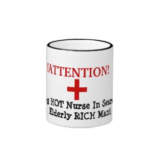 ¡! ¡ATENCIÓN! , +, Enfermera CALIENTE joven en Taza De Dos Colores