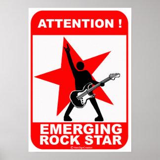 ¡Atención! ¡estrella del rock emergente! Impresiones