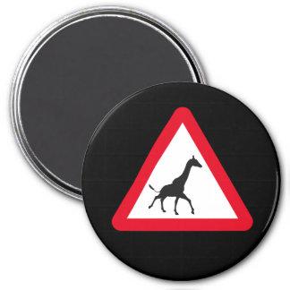 Atención: ¡Travesía de la jirafa! Imán Redondo 7 Cm