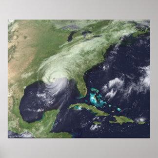 Aterrizaje de Katrina - opinión de Sat - alivio de Póster