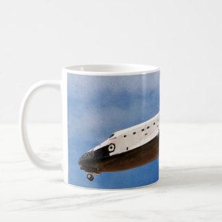 Aterrizaje de la Atlántida STS-30 de la lanzadera Taza Básica Blanca