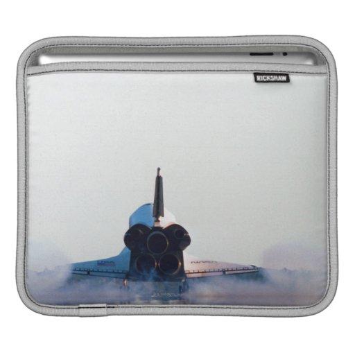 Aterrizaje de un transbordador espacial fundas para iPads
