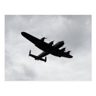 Aterrizaje del bombardero de Lancaster Tarjetas Postales