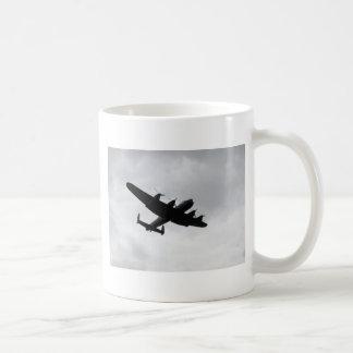 Aterrizaje del bombardero de Lancaster Taza De Café