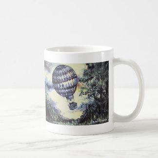 Aterrizaje del globo taza de café