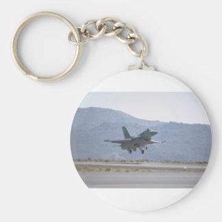 Aterrizaje F-16 en la base de las fuerzas aéreas Llavero Redondo Tipo Pin
