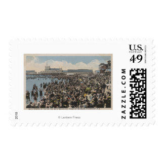 Atlantic City, NJ - Holiday Crowd at the Beach Stamp