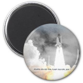 Atlantis Space Shuttle STS-135 Last Flight 2 Inch Round Magnet