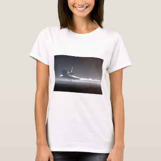 Atlantis Space Shuttle) T-Shirt