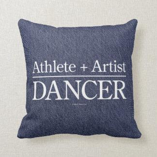 Atleta + Artista = bailarín Cojín