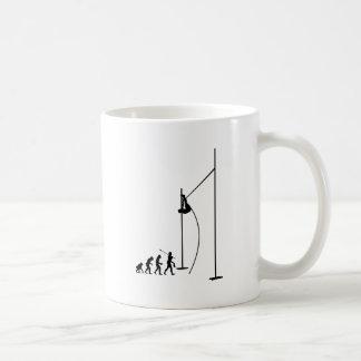Atleta del salto con pértiga tazas de café
