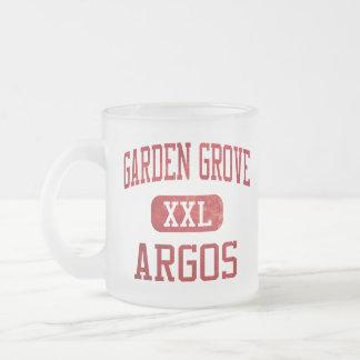 Atletismo de Argos de la arboleda del jardín Taza
