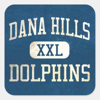 Atletismo de los delfínes de las colinas de Dana Pegatina Cuadrada