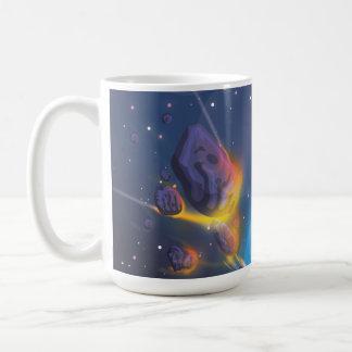 Atmósfera de tierras del meteorito que entra taza de café