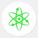 átomo verde claro etiqueta redonda