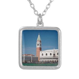 ¡Atontamiento! Venecia cuadrada de St Mark Colgante Cuadrado