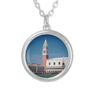 ¡Atontamiento! Venecia cuadrada de St Mark Colgante Redondo