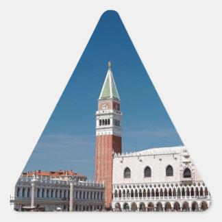 ¡Atontamiento! Venecia cuadrada de St Mark Calcomanías Trianguloes