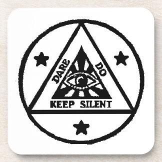 Atrevimiento. Haga. ¡Mantenga silencioso! ¡El códi Posavaso