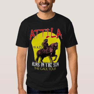 """Attila """"Huns en viaje del Sun"""" (el frente oscuro Playeras"""