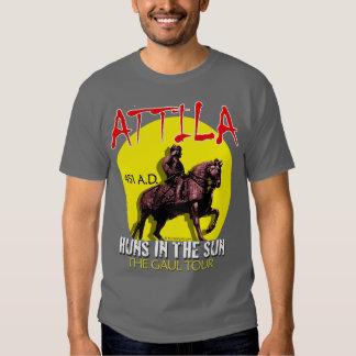 "Attila ""Huns en viaje del Sun"" (la oscuridad de Remera"