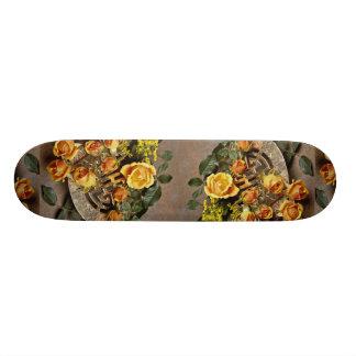 Attractive Floral arrangement Skate Board
