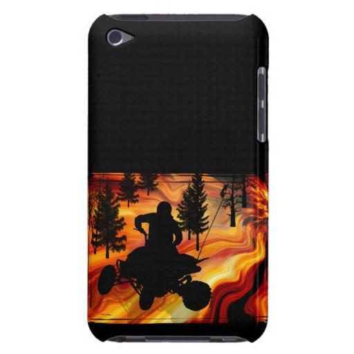 ATV en el camino del infierno iPod Touch Case-Mate Carcasa