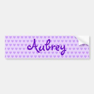 Aubrey en púrpura etiqueta de parachoque