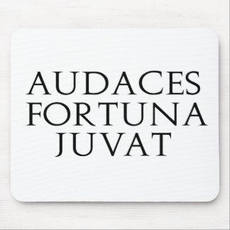 Audaces Fortuna Juvat Alfombrillas De Ratón