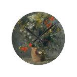 Auguste Renoir - flores en un florero Relojes De Pared