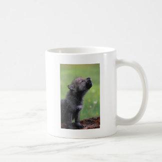 Aullidos del lobo del bebé taza de café