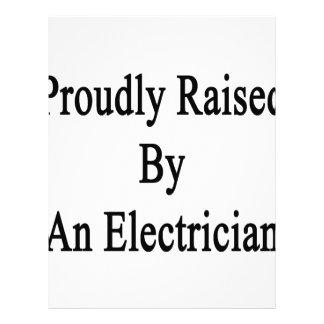Aumentado orgulloso por un electricista membrete personalizado