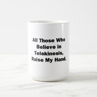 Aumente mi mano taza clásica