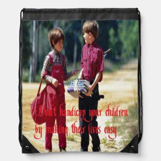 Aumento de sus niños mochilas