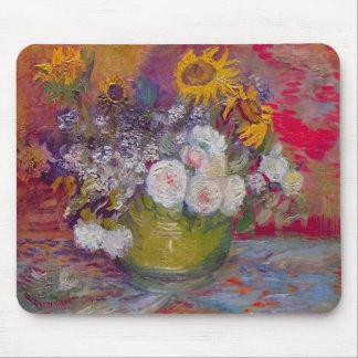 Aún-vida con los rosas y los girasoles de Van Gogh Alfombrilla De Raton