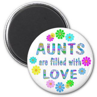 Aunt 2 Inch Round Magnet