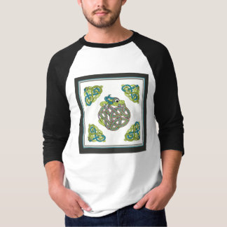 auntie snake  T-Shirt