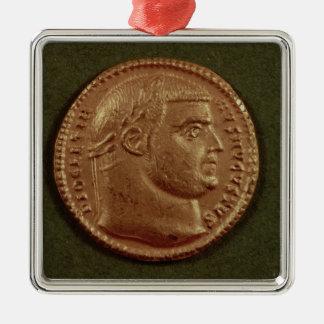 Aureus of Diocletian wearing a laurel wreath Ornaments